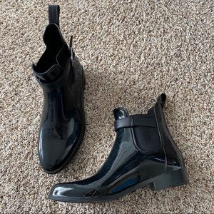 Chelsea style boot